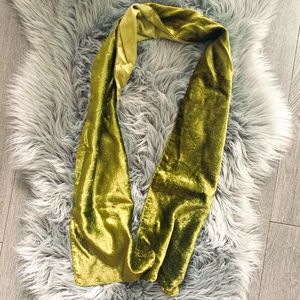 Olive green - shiny velvet fashion scarf